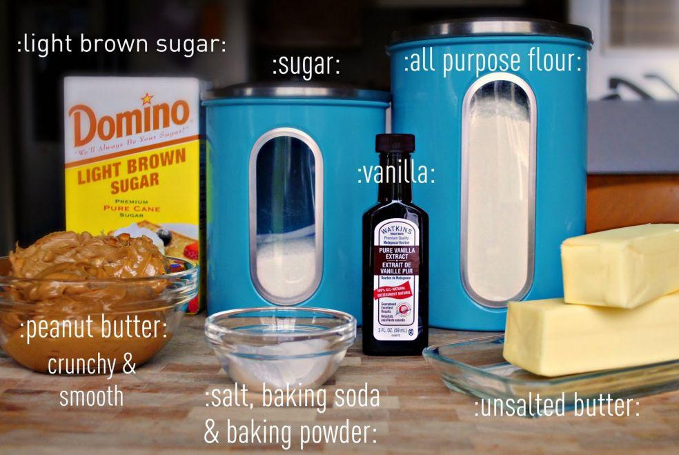 Темный сахар, сахар, мука, экстракт ванили, арахисовое масло, соль, пищевая сода, пекарский порошок, несоленое сливчное масло