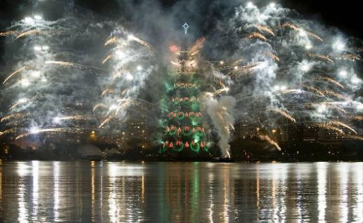 Новогодние елки мировых столиц