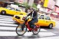 Как безопасно передвигаться на велосипеде по  городу